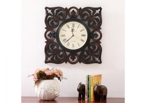 Bumber Sale!! Wall Clock on Best Price at Woodenstreet