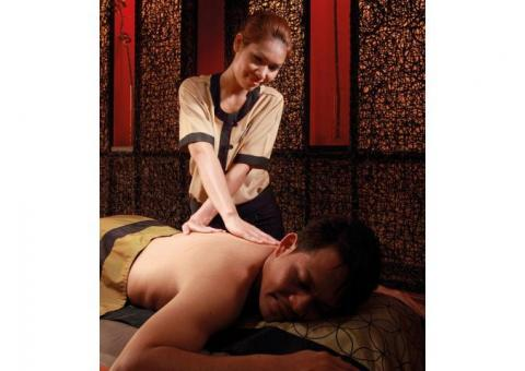 Ayurvedic Massage Service by female Chandigarh sector 25 9592363570