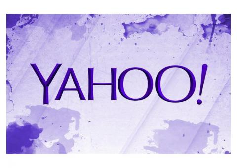 Does Yahoo customer service have the facility of live chat?
